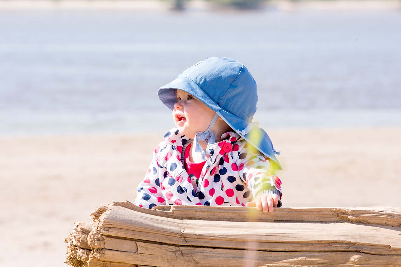 Pickapooh sun hats are amazing for babywearing in summer as they are made from 100% cotton and have a natural UV filter.